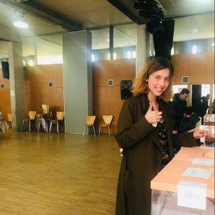 Leticia Dolera vota @leticiadolera