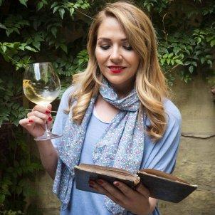 Meritxell Falgueras Diccionari vins A Mònica Pérez