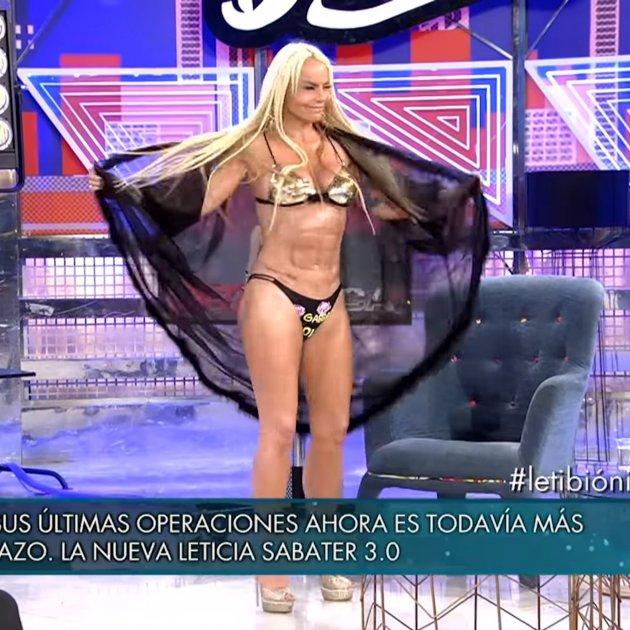 Leticia Sabater Batman Sabado Deluxe Telecinco