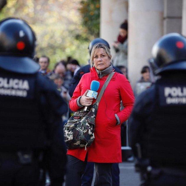 Mayka Navarro mossos @maykita