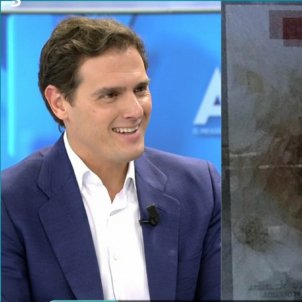 Albert Rivera somriu Ana Rosa Telecinco