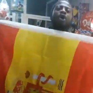 Bertrand Ndongo bandera @bertrandndongo