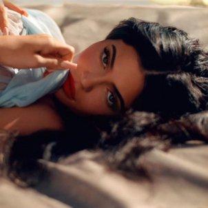 Kylie Jenner cara @kyliejenner