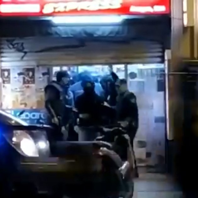 Polis encaputxats supermercat 0 BCN @torrents d