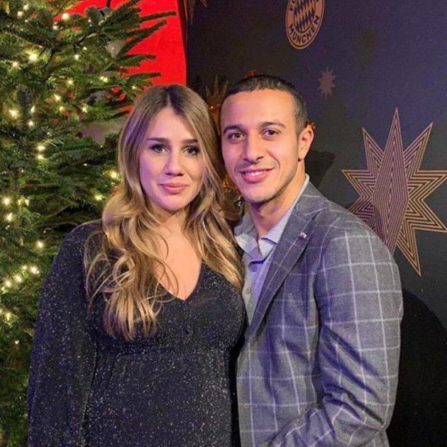 Thiago Alcantara i esposa @thiago6