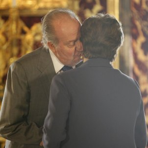 joan carles petó dona GTRES