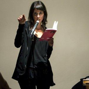 Mireia Calafell recitant