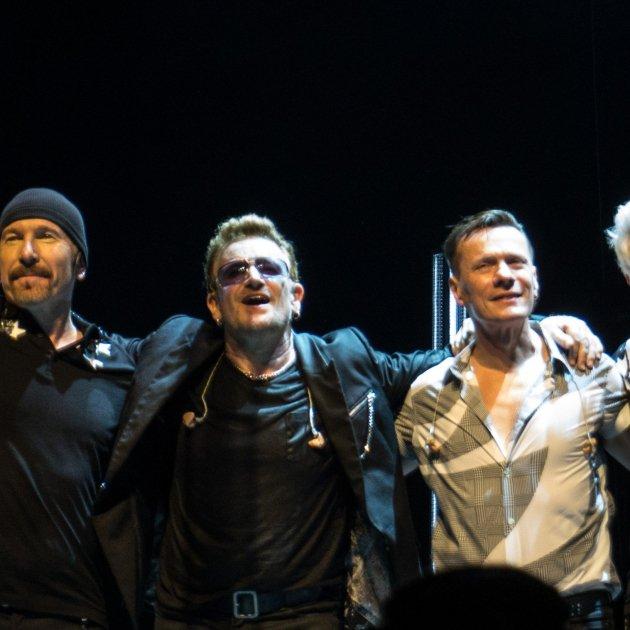 U2 curtain call in Glasgow 11 7 2015