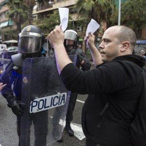 1O referendum policia - Sergi Alcazar