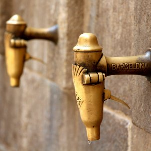 diumenges barcelona theros pixabay