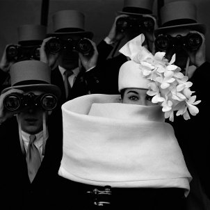Horvat.1958, Paris, for Jardin des Modes, Givenchy Hat (b)