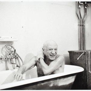 David Douglas Duncan 'Picasso a la banyera'