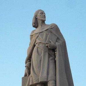 Estàtua d'Ausiàs March a Gandia