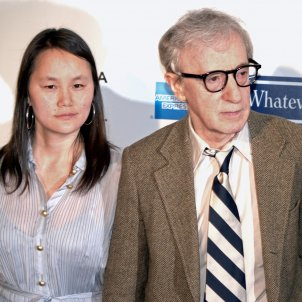 2698px Soon Yi Previn and Woody Allen at the Tribeca Film Festival