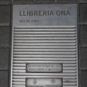Placa Llibreria Ona
