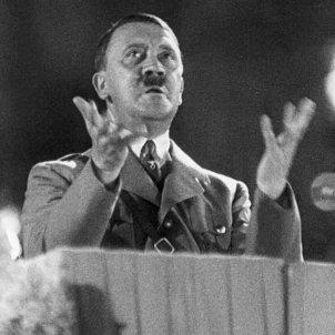 Troben 75 relíquies nazis a Argentina, entre elles gravats de Hitler / Flickr