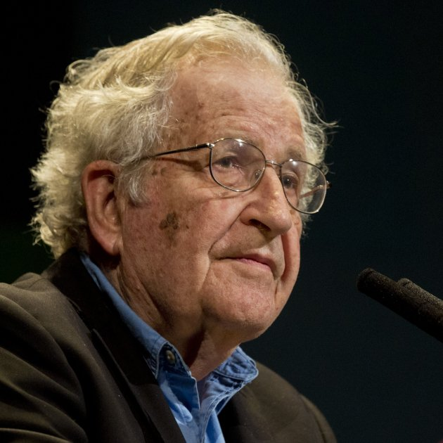 Noam Chomsky  - ministeri de cultural argentí