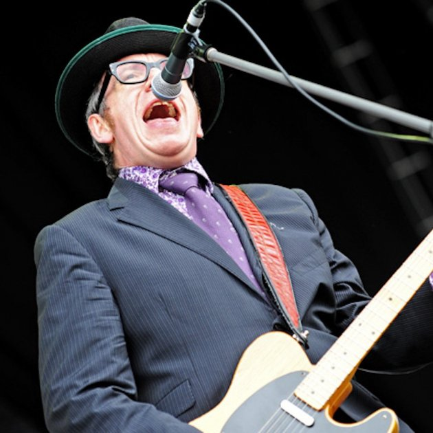 Elvis Costello and The Imposters @ Fremantle Park (17 4 2011) (5648205651)