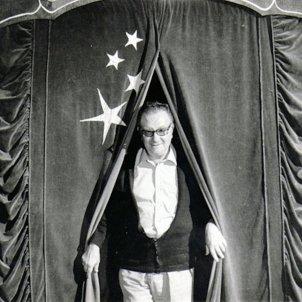 Jaume Maymó. Joan Brossa a la 2a Fira de Teatre al carrer de Tàrrega 1983