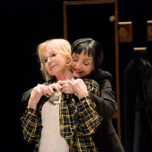 Bulle Ogier i Maria de Medeiros a 'Un amour impossible'. Elisabeth carecchio Teatre Lliure