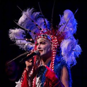Taylor Mac al Festival Grec © Kevin Yatarola