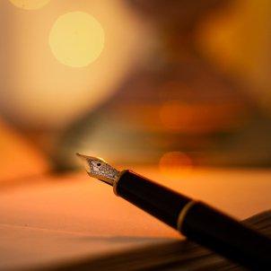 poesia ploma pixabay