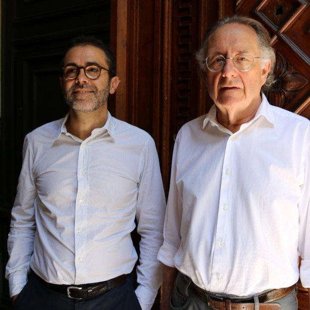 Emili Rosales, editor, i Josep Ramoneda, president d'Edicions 62. ACN