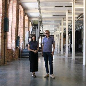 Joana Hurtado, directora de la Fabra i Coats, i el regidor de Cultura, Joan Subirats