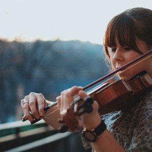 Violonista. Francesca. Quim Español. Pixabay