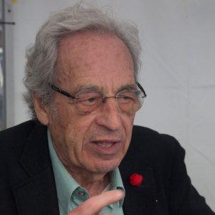 Salvador Giner 2046