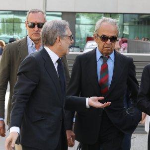 El banquer Jaime Botín (centre) judici contraban Picasso
