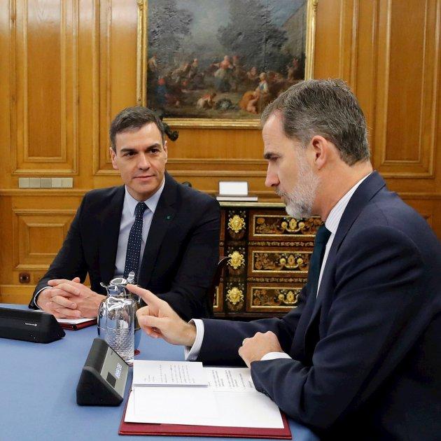 Pablo Iglesias Pedro Sánchez Felip VI Consell Ministres EFE