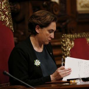 ada colau pleno ayuntamiento barcelona