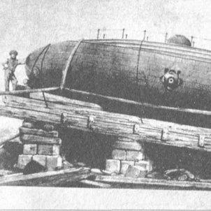 Test 92. Grans Inventors Catalans. L'Ictineo II sobre el carro d'avarar. Font Museu Marítim de Barcelona