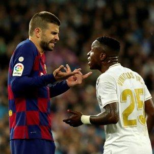 Piqué Vinícius Reial Madrid Barça EFE