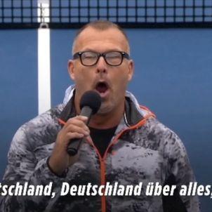 Home cantant himne nazi   Youtube