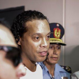 Ronaldinho policia EFE