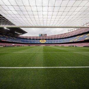 Camp Nou porta tancada sense public Barca FC Barcelona
