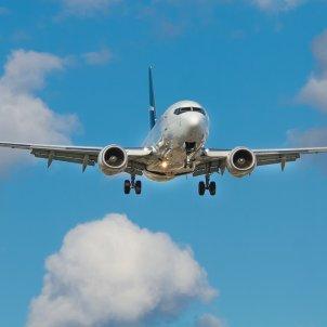 avio unsplash
