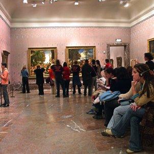 Sala de Tiziano al Museo del Prado Museus visitar sense sortir de casa
