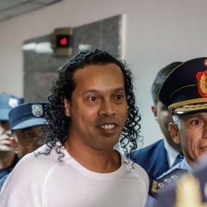 Ronaldinho policia presó EFE