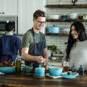 Familia cocina Unsplash