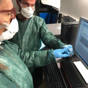 metges catalunya coronavirus mascareta - ACN