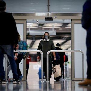 coronavirus   arribada passatgers   barajas  aeroport  madrid EFE