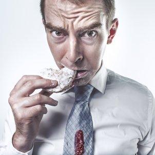 Menjar àpat dieta galetes (Ryan McGuire)