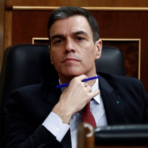 Pedro Sánchez mà al coll EFE