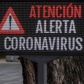 coronavirus   cartell alerta sevilla   EFE