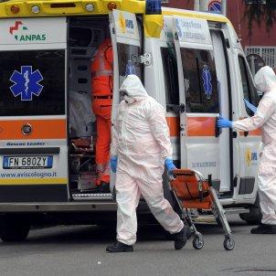 ambulancia coronavirus italia - Efe