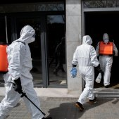 residencia avis barcelona coronavirus mascareta - europa press