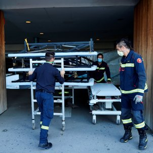coronavirus   bombers llits hospital del mar barcelona   efe